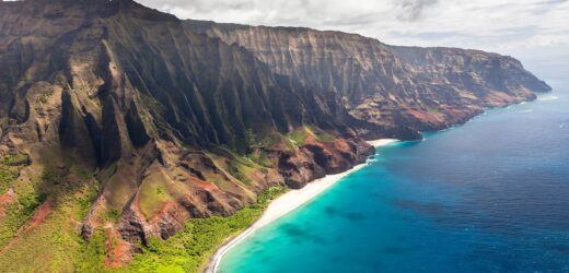 4 Most Iconic Places To Visit In HAWAII