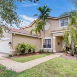 4688 SW 183rd Ave 1