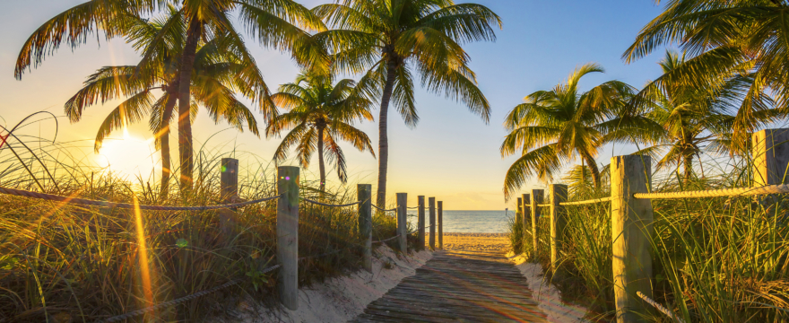Endless Summer: Amid Pandemic, Americans are Looking to Move to Vacation Destinations