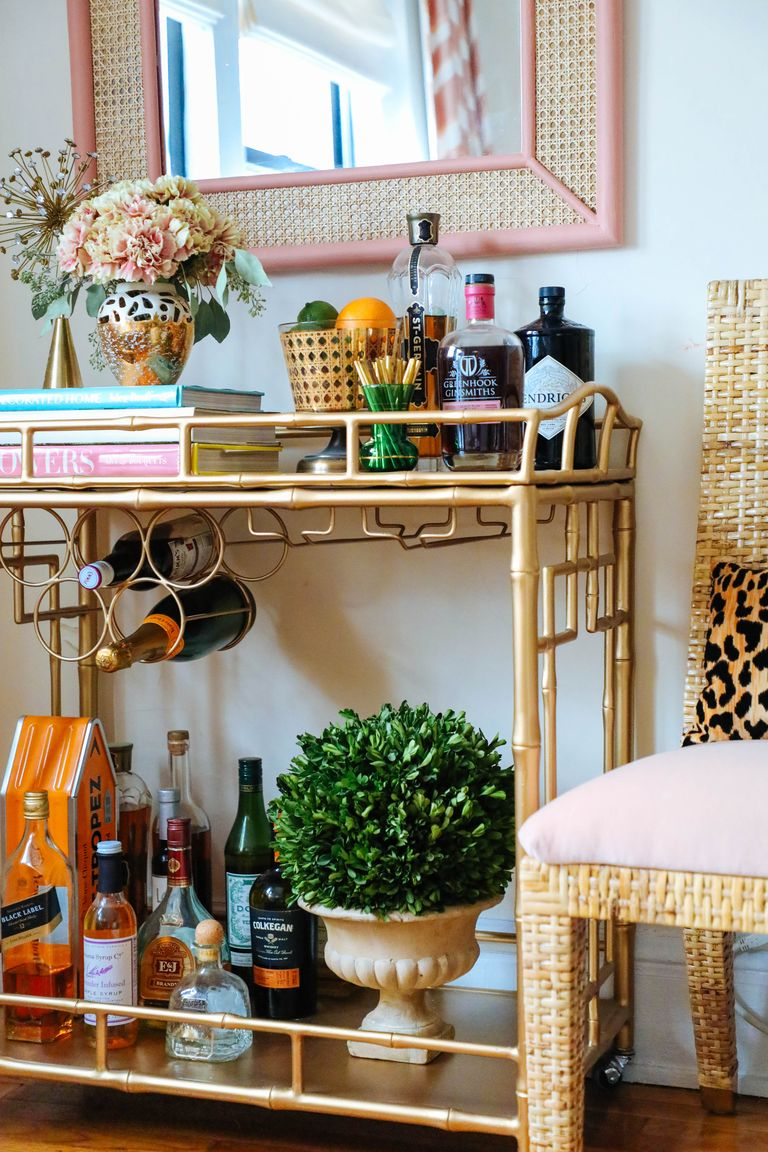 How to Set Up the Perfect Home Bar